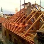 2. Rekonstrukce historické střechy v Třebíči chráněné UNESCO_Starwork